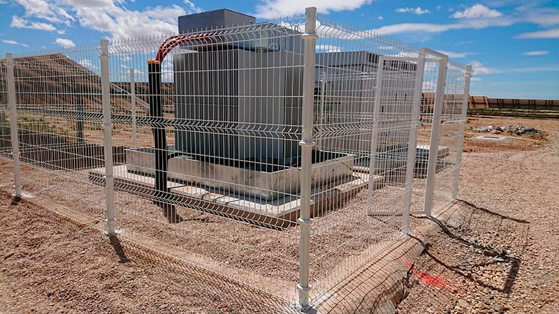 Vallado de transformadores en parque solar fotovoltaico