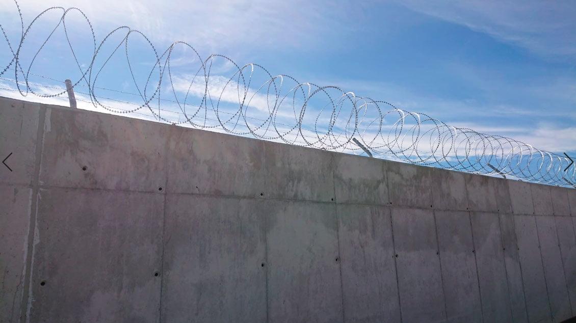 Instalación de concertina y alambre de espino en la provincia de Murcia